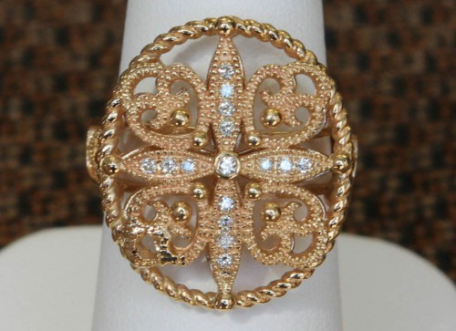 Front View of 14 Karat Yellow Gold and Diamond Filigree Ring
